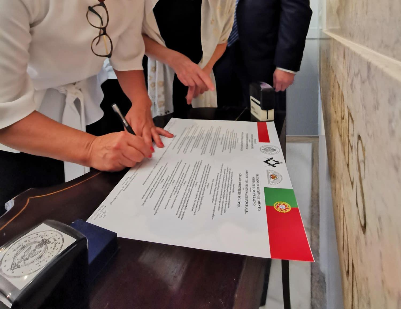 Wielka Żeńska Loża Portugalii - Traktat